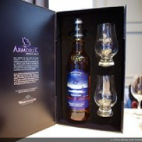 "Armorik, Bretoense whisky • <a style=""font-size:0.8em;"" href=""http://www.flickr.com/photos/21531446@N05/15302784198/"" target=""_blank"">View on Flickr</a>"