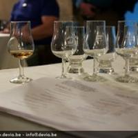 "Een Whisky Tasting is niet alleen praktijk. • <a style=""font-size:0.8em;"" href=""http://www.flickr.com/photos/21531446@N05/14058770458/"" target=""_blank"">View on Flickr</a>"