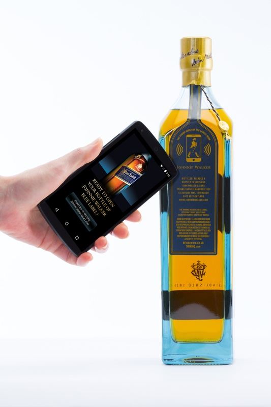 De smart bottle van Diageo en Thinfilm